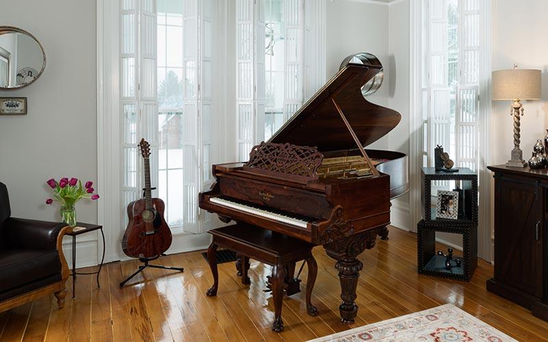 Bocelli Room